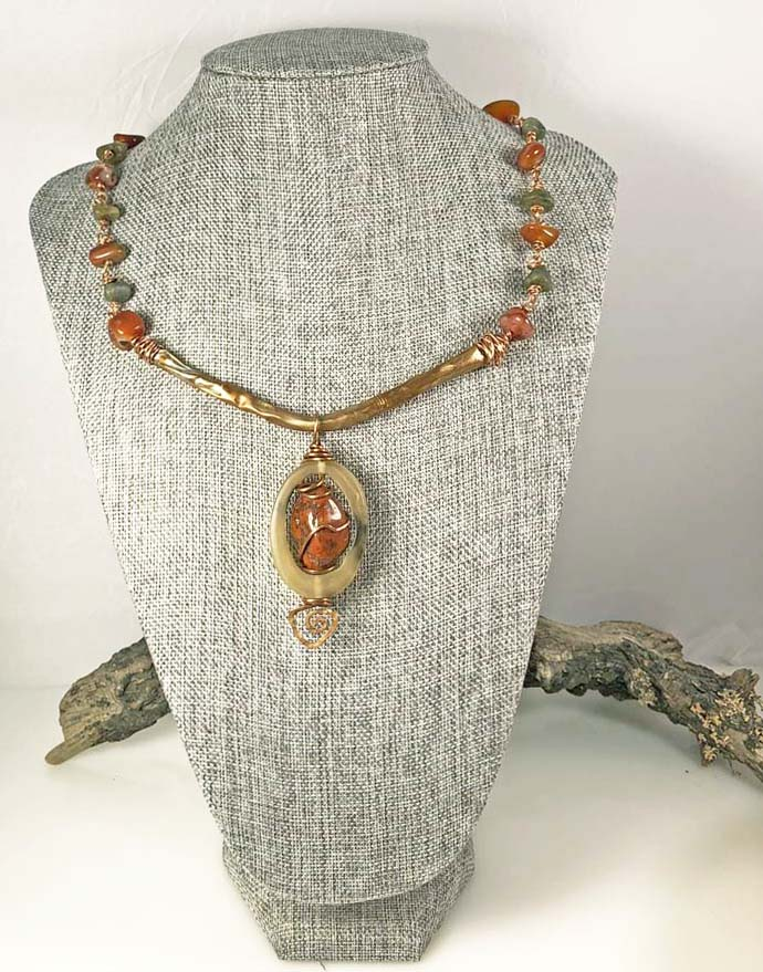 Art and Structure Carneilian Necklace