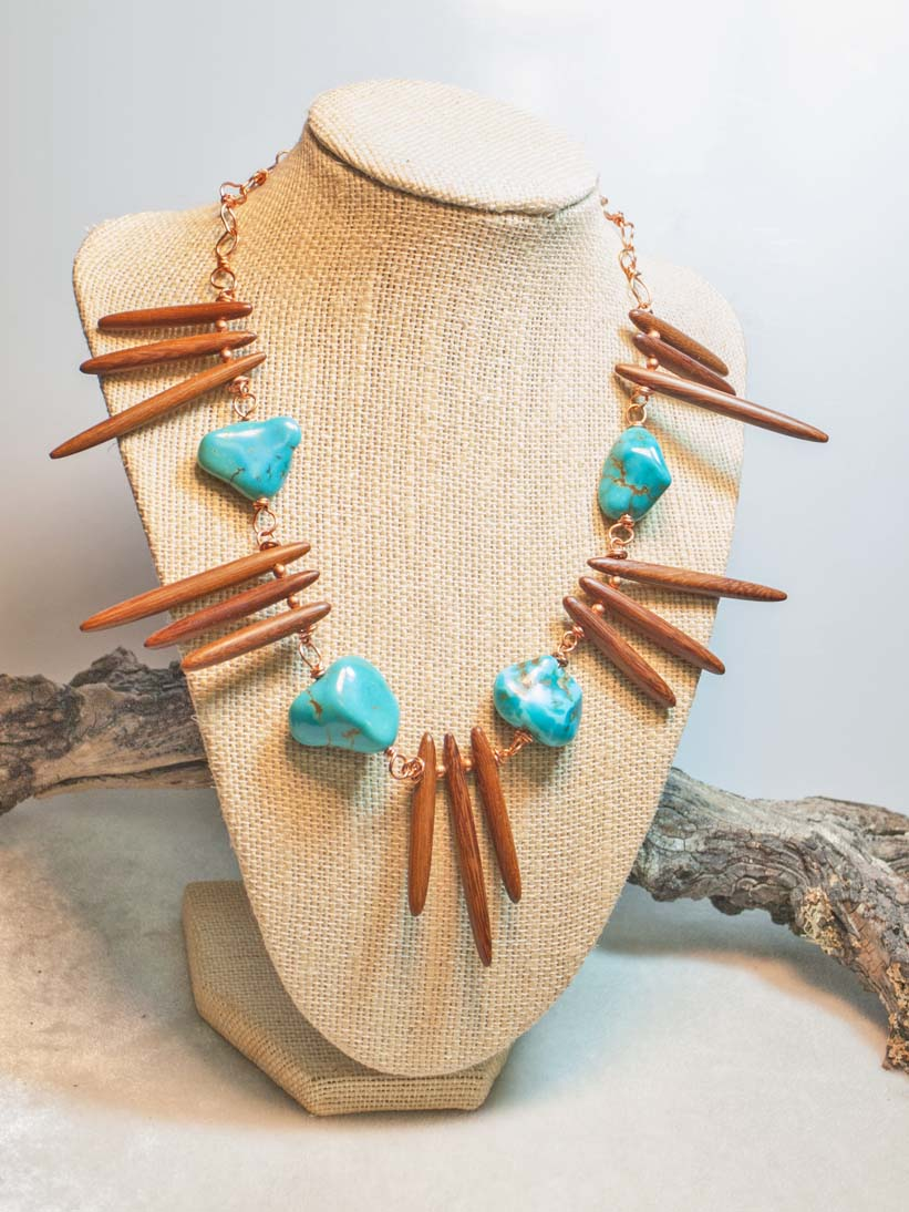 Vintage Turquoise and Wood Collar Necklace